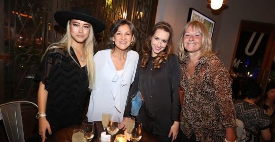 Me, Sheila, Rachel, & Wendy @ DOORS